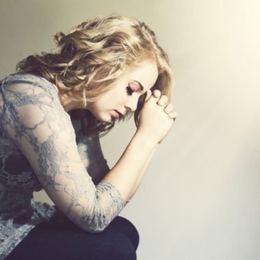 10 Prayers when you feel alone and weak
